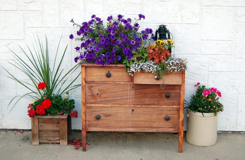 Recycle an old dresser