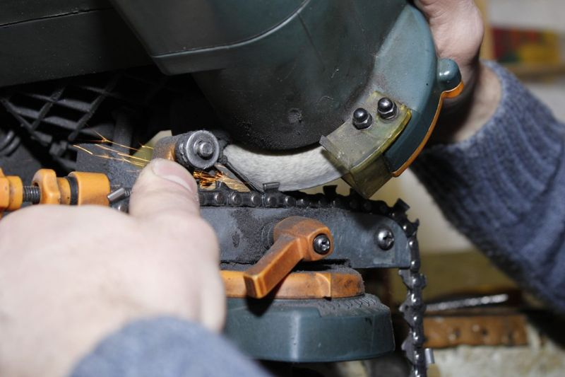 chainsaw sharpening professional