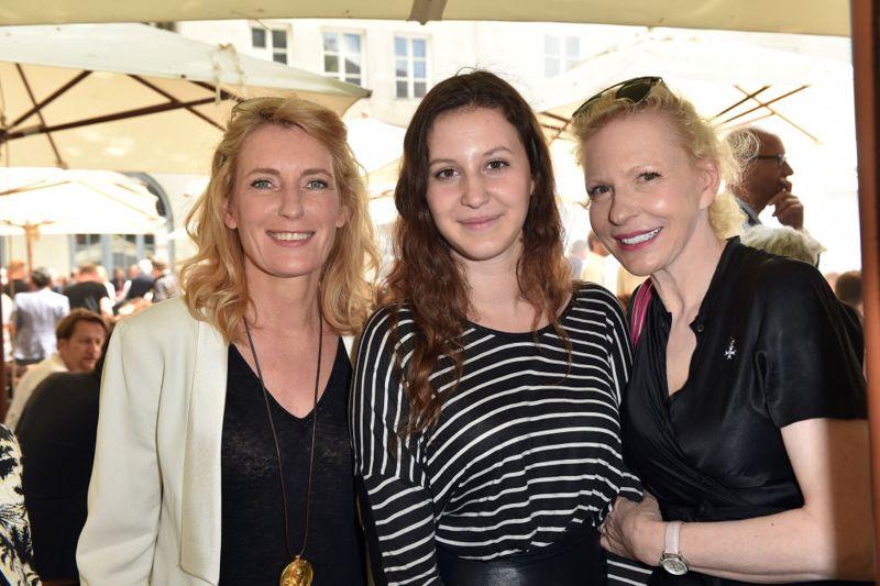 MUNICH, GERMANY - JUNE 29: Maria Furtwaengler, Leonille Elisabeth Judith Maria Anna Prinzessin zu Sayn-Wittgenstein-Sayn and Sunnyi Melles attend the FFF reception during the Munich Film Festival 2017 at Praterinsel on June 29, 2017 in Munich, Germany. (