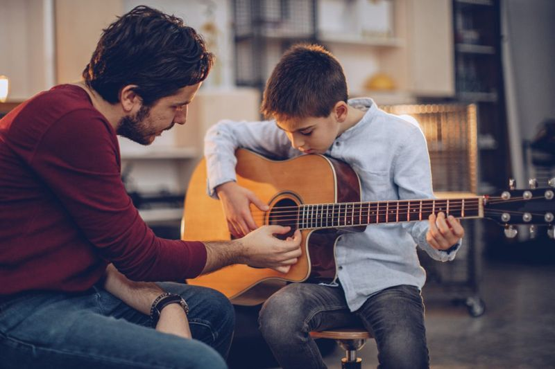 learning music guitar