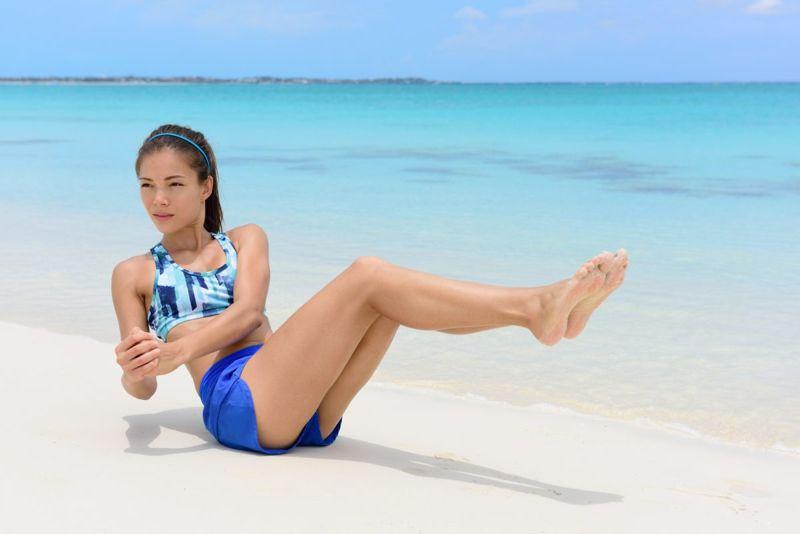 abdominal workout beach