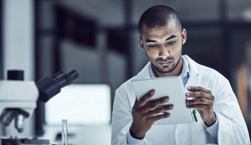 researcher studies tablet prevalence