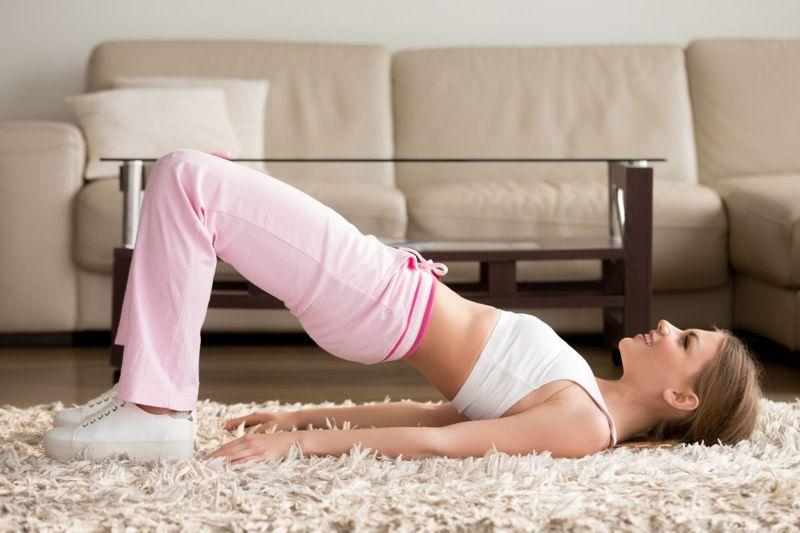 pelvic tilt bridge exercise