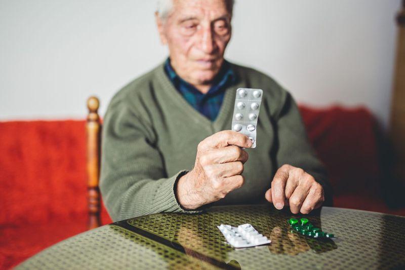 medication vitamins causes