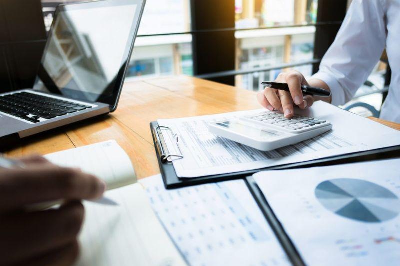 Certification, financial, advisor, investments, money