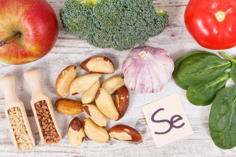 foods, brazil nuts, meats, sources