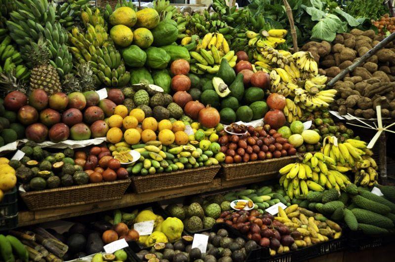 tropical fruit, color, flavor, nutrients