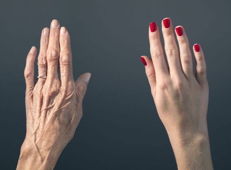 hands with wrinkles