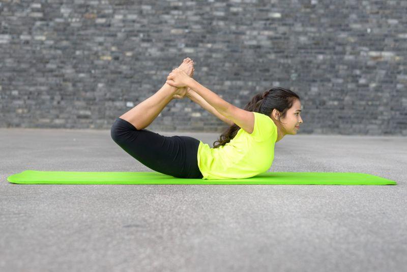 yoga bow pose