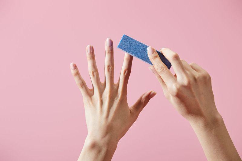 buffing nails