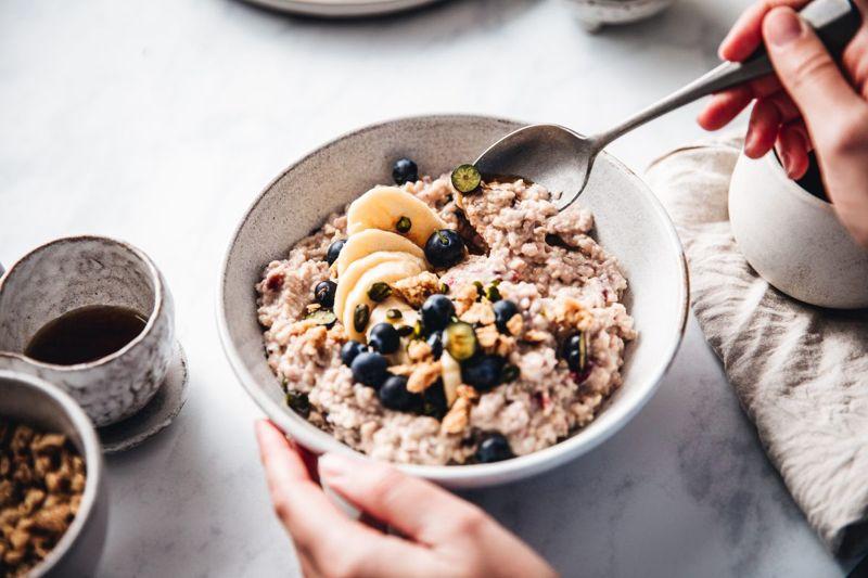 whole grains nutritional oatmeal