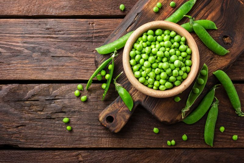 Green peas provide many nutrients, including l-lysine.