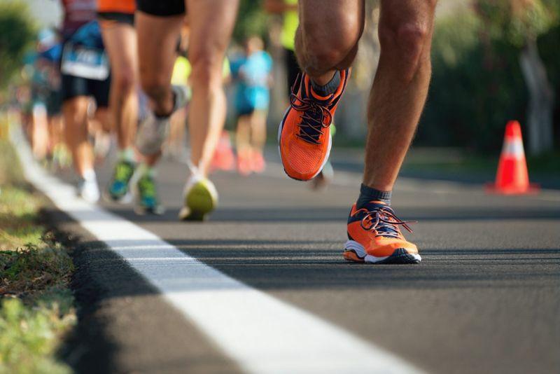 runners marathon shoes