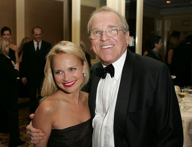 BEVERLY HILLS, CA - NOVEMBER 6: Actress Kristin Chenoweth (L) and actor John Spencer (R) attend the cocktail reception before the Cure Autism Now's 10th Anniversay Gala at the Beverly Regent Wilshire Hotel on November 6, 2005 in Beverly Hills, California. (Photo by Michael Buckner/Getty Images)