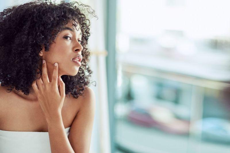 woman skin mirror