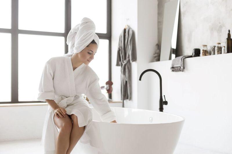 warm shallow water sitz bath