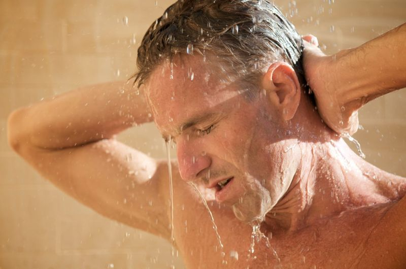 muscle soreness cold water shower