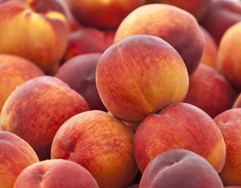 vitamin calcium potassium peaches