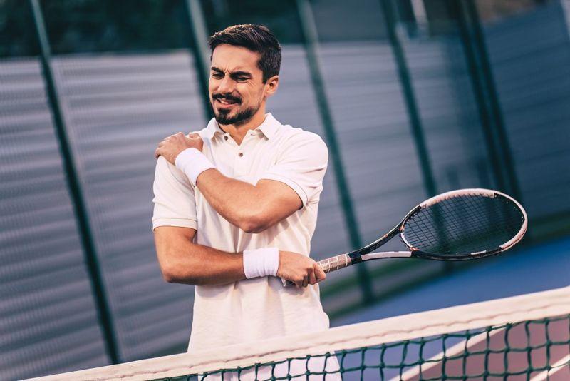 man tennis injury tendonitis