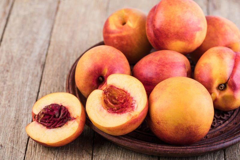 fiber blood sugar peaches