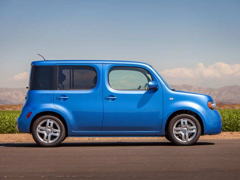The 2014 Nissan cube continues to stand out in a crowd with unique design elements such as the wraparound rear window, 58.1 cubic feet of cargo space and six standard air bags. The front-wheel drive cube is built on Nissan's proven B-platform and features a standard 122-horsepower 1.8-liter DOHC 4-cylinder engine and a choice of Nissan's advanced, smooth shifting Xtronic CVT® (Continuously Variable Transmission) or 6-speed manual transmission.