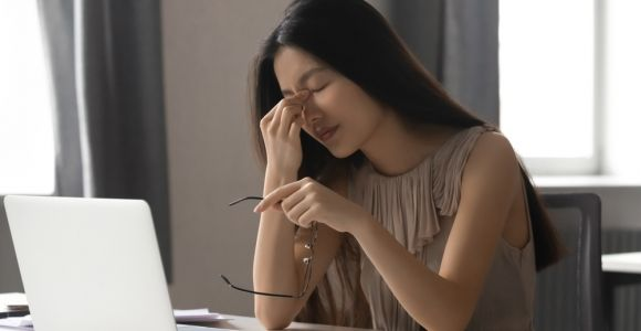 What Causes Eye Strain and How to Treat It