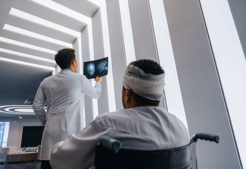 doctor patient head injury