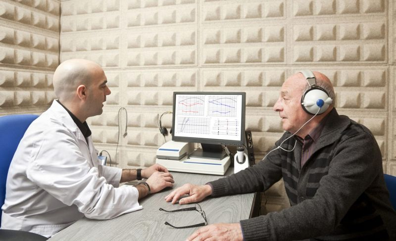 doctor audio hearing test