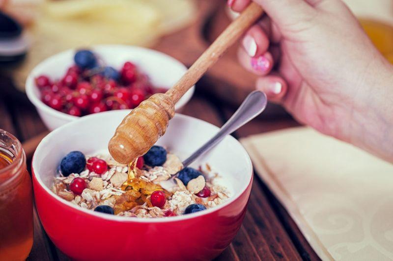 soluble dietary fiber oatmeal bowl