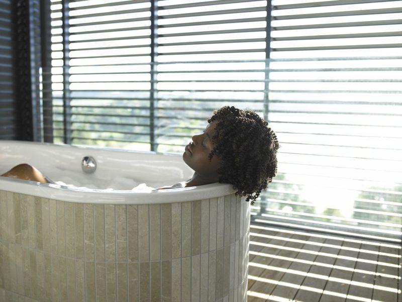 bathwater warms blood improves metabolism