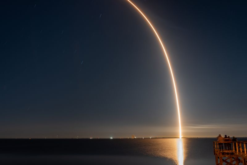Long exposure photo of a SpaceX Falcon 9 lifting off on February 4, 2021 at 1:20AM. This Falcon 9 was launching the 19th batch of SpaceX Starlink broadband internet satellites.