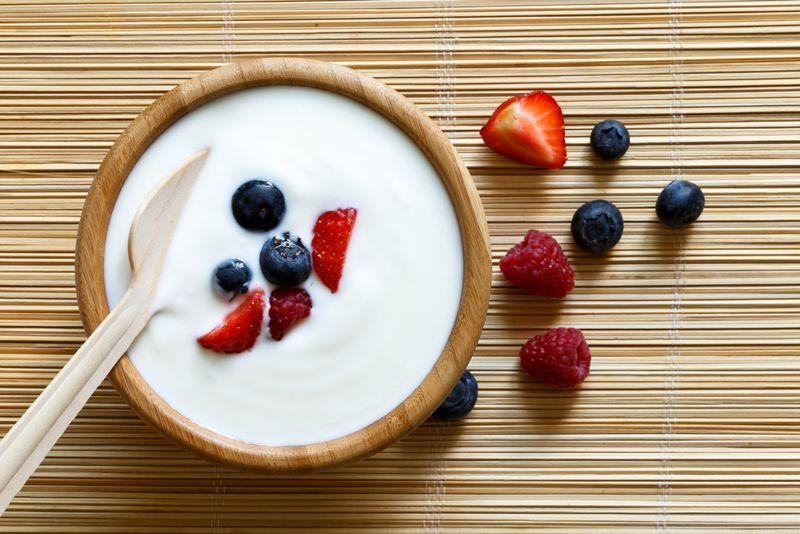 bowl of yogurt with berries