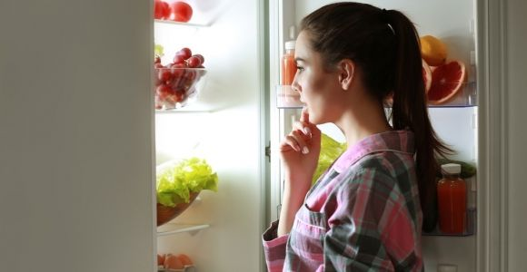 Is Midnight Snacking Harmless or Harmful?
