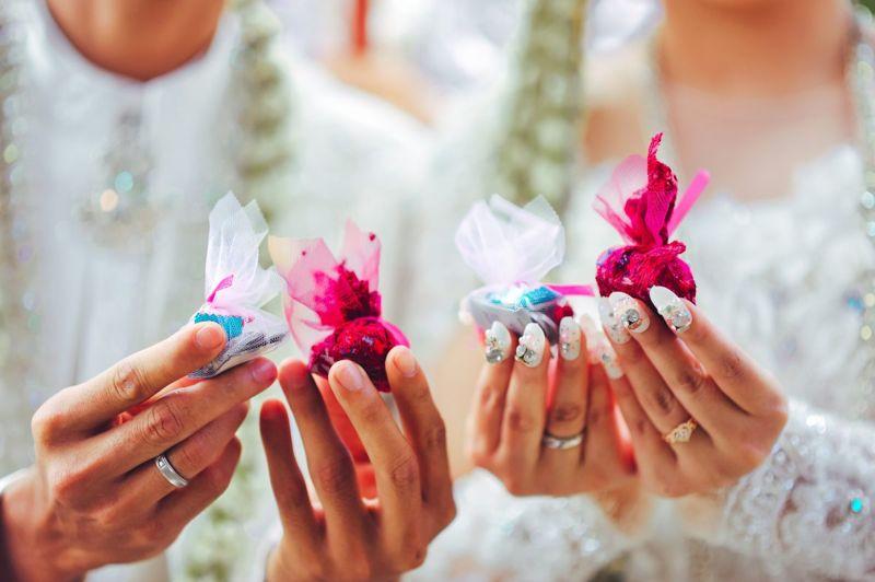 brides hand panganten