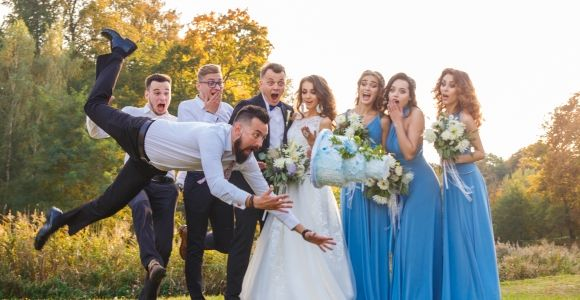 Say 'I Don't' to These Things as a Wedding Guest
