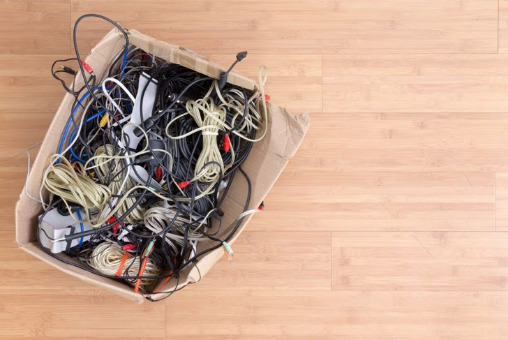 tech clutter box wires