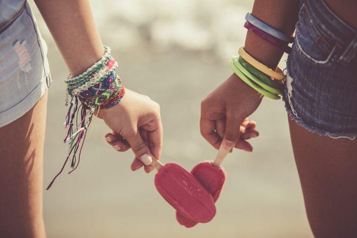 Friends wearing friendship bracelets