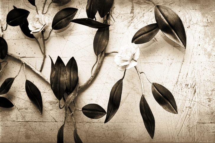 Metal flower vine