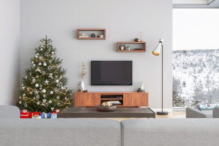 Let your elf get stuck in the TV