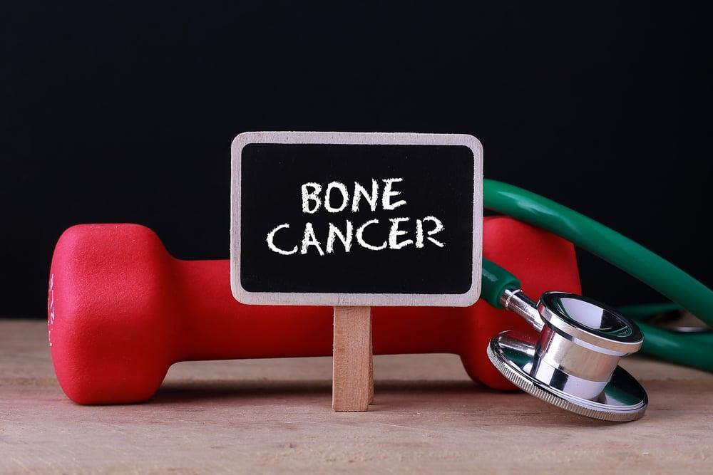 10 Symptoms of Bone Cancer