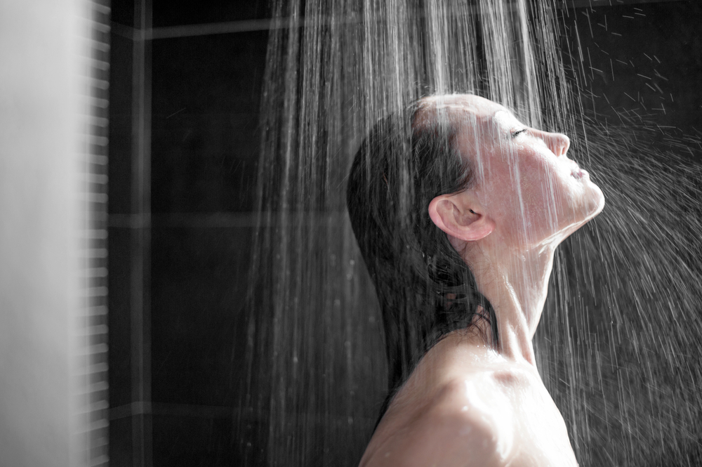 cold shower Home Remedies for Sunburn
