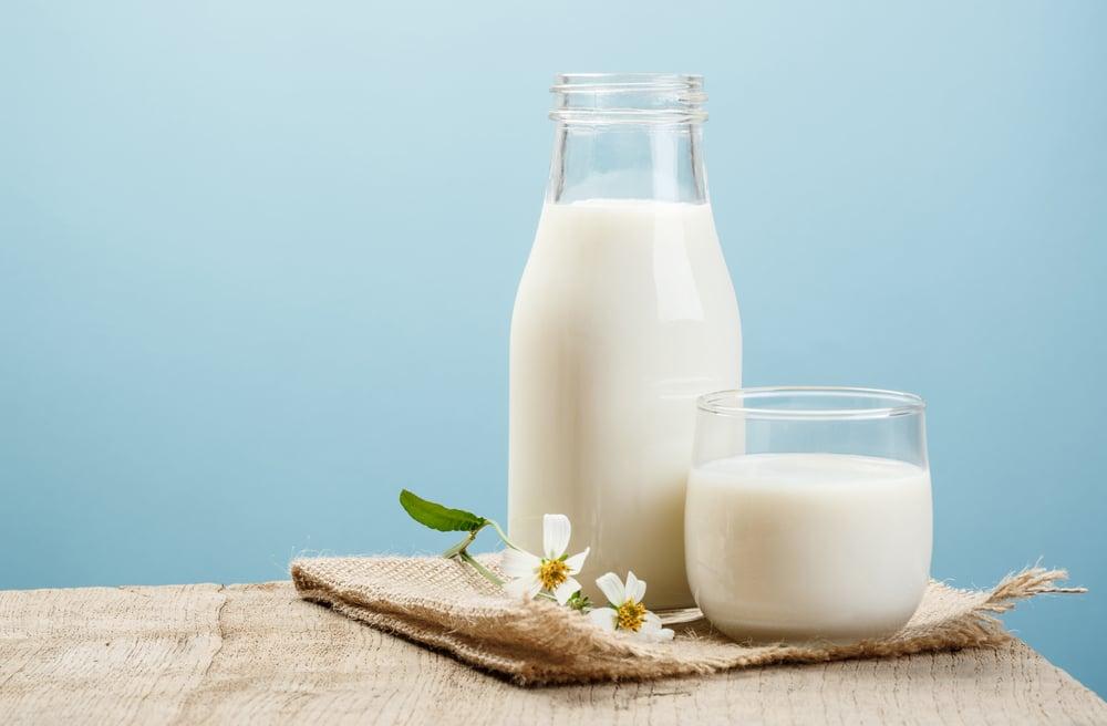 milk bath Home Remedies for Sunburn