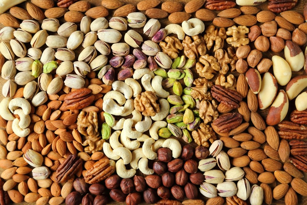 nuts foods to improve pregnancy