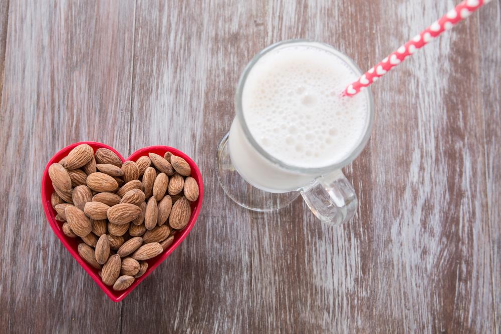 cardiovascular Almond milk