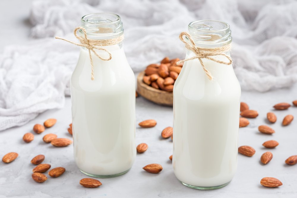 Almond milk lactose free