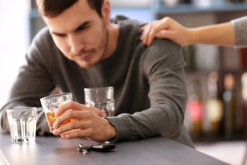 alcohol hot flashes