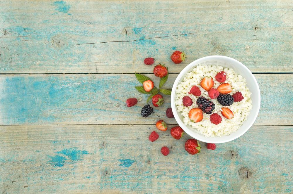 healthy skin eat blackberries