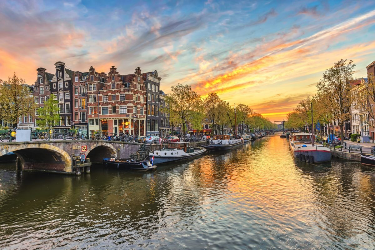 10 Fascinating Things to Do in Amsterdam