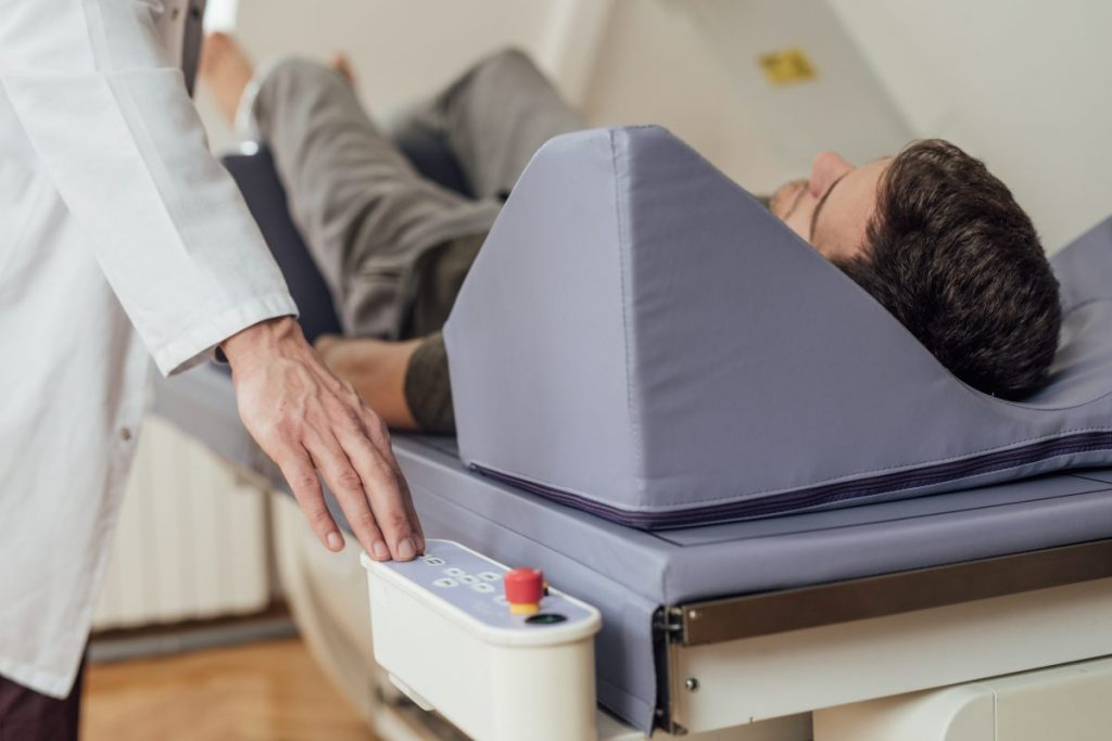 how does a bone density test work