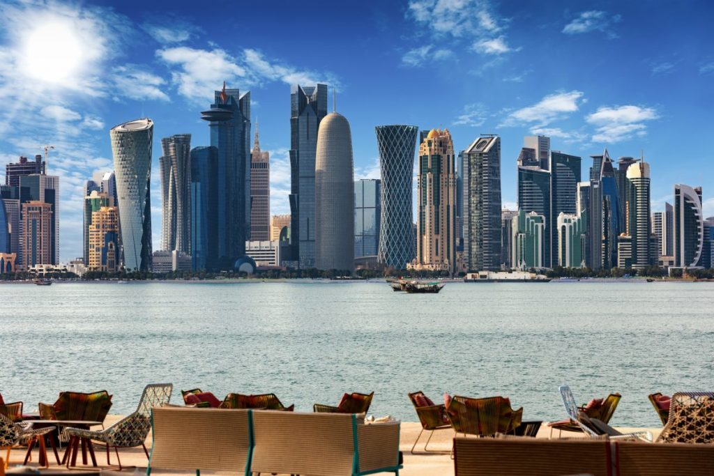 richest country qatar